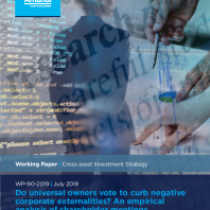 Do universal owners vote to curb negative corporate externalities?